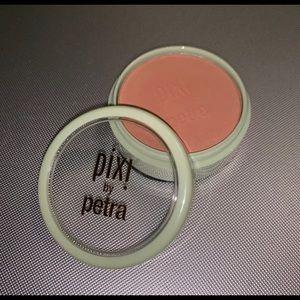 pixi by Petra blush in beach rose